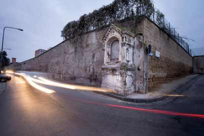 Edicola Maria SS del Rosario a Miano