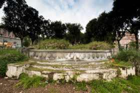 Fontana dei Papiri