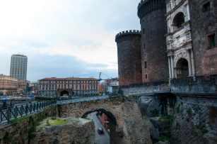 Ponte levatoio di Castel Nuovo